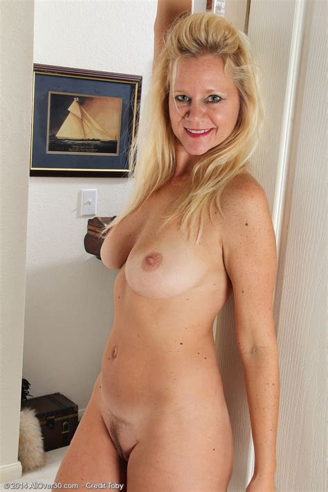 Allover Free Com Introducing Year Old Heidi Gallo From Allover Pictures Of Naked Milf