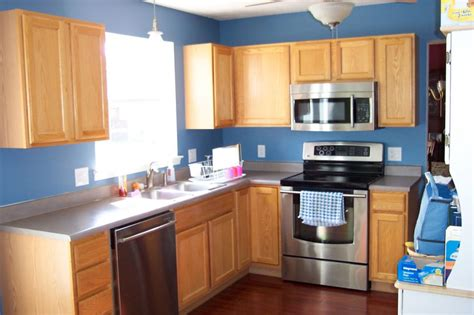 Blue Kitchen Walls With Brown Cabinets by Blue Kitchen Walls Ideas For 2018 Kitchen