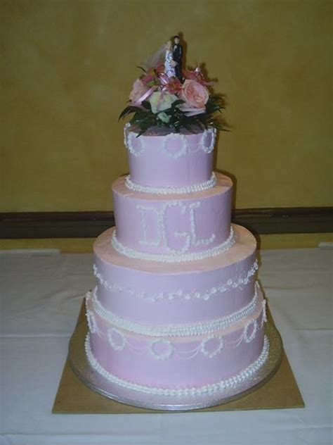 light purple wedding cakes  fresh floral topper