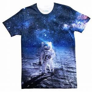 Lonely Astronaut T-Shirt - Shelfies