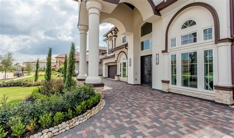 newly built stucco home in sugar land tx homes