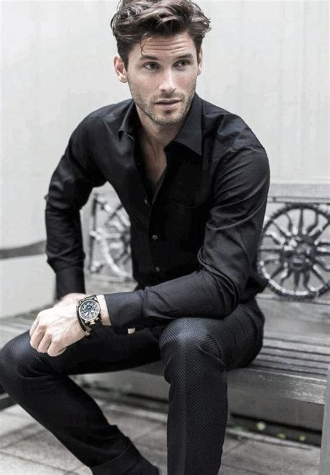 black outfits  men bold fashionable