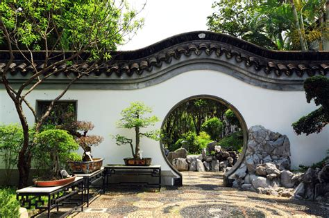 Gartenmauer Aus Beton by Gartenmauer Verkleiden 187 Optionen Kreative Ideen