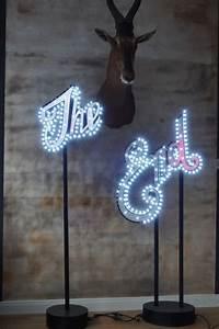 Lampe Mit Buchstaben : buchstaben schriftzug lampe the end klassiker co ~ Watch28wear.com Haus und Dekorationen