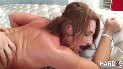Super Hot Savannah Fox Likes Intense Anal Fuck With Her