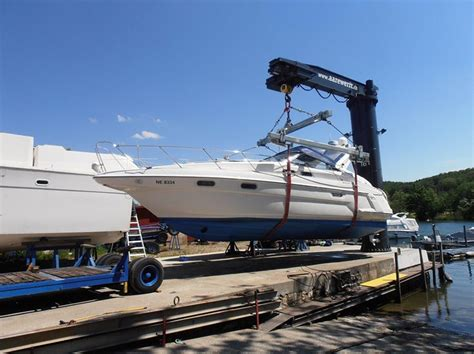 Axis Boats Uk Ltd by Quot H Quot Sling Sms Marine Ltd