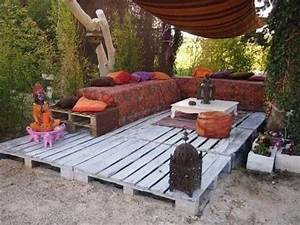 39 insanely smart and creative diy outdoor pallet for Pallet patio floor