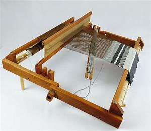 "Beka Fold & Go Loom (Rigid Heddle Loom) 20"" - Beka"