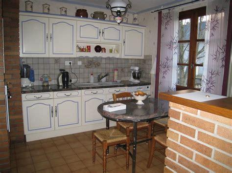 peintre meuble cuisine peinture pour cuisine en bois wikilia fr