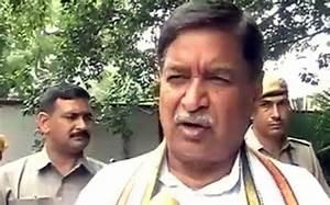 Chandigarh stalking case: BJP MP Saini lauds victim for ...