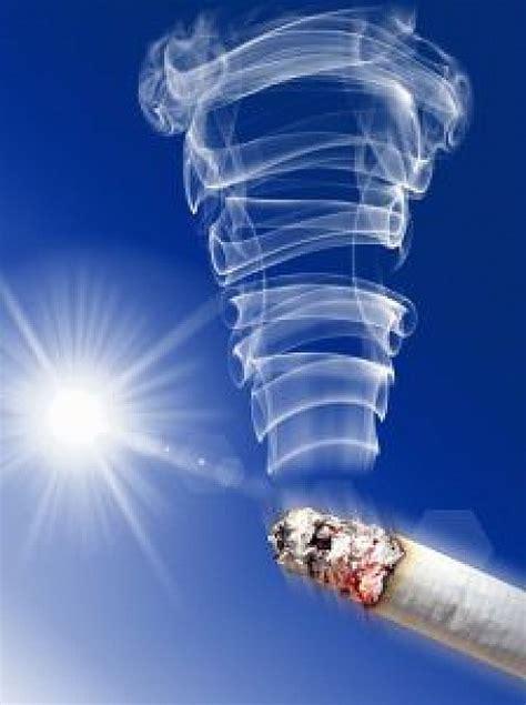 fumar cigarrillos  en movimiento descargar fotos gratis