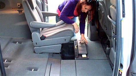 Chrysler Grand Voyager 2005 - YouTube