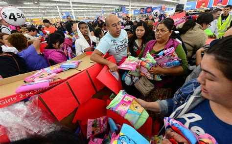 what is best stores on black friday get christmas decrerctions i ve got the black friday blues al jazeera america
