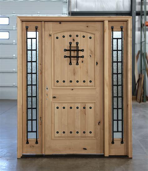knotty alder exterior doors   point locks