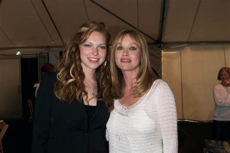 'That '70s Show' Cast Mourn the Loss of Tanya Roberts ...