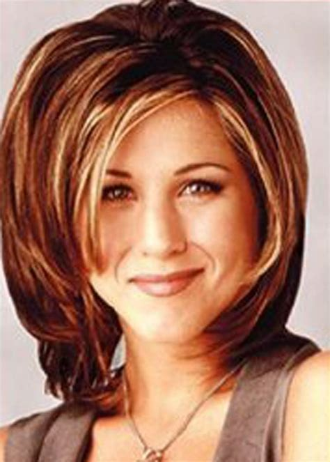 Early 90s Hairstyles by Aniston Bob On Friends Early 90s Makeup Haircut
