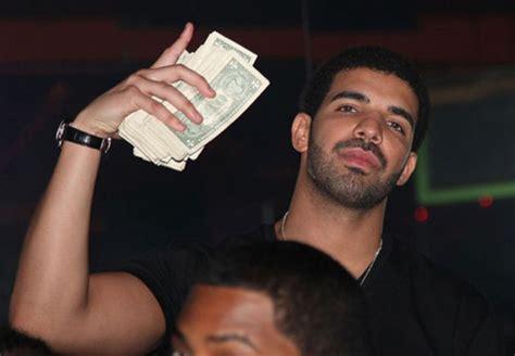 Lil Wayne And Drake Make It Rain $250k At Strip Club (18