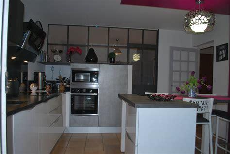 o fr cuisine cuisine avec magnifique verrière cuisines kergourlay