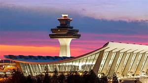 Where to Eat at... Dulles Airport