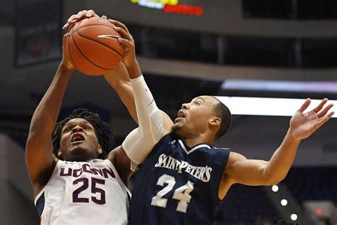 UConn men's basketball player tests positive for COVID-19 ...