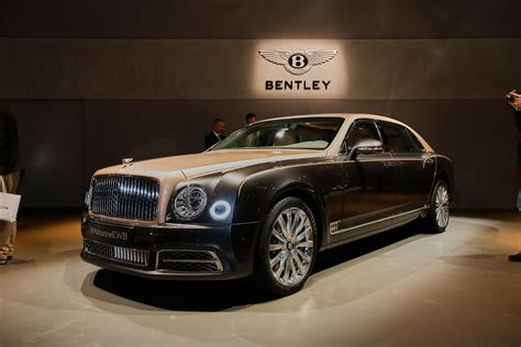 2017 bentley mulsanne preview live photos and video