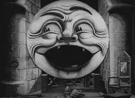 georges méliès la lune à un mètre black and white animated gif