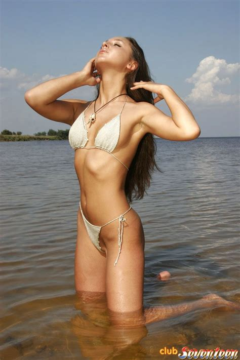 Sexy Bikini Teen Stripping Naked On A Public Beach Ass Point