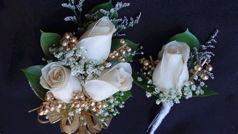corsage  boutonniere set  prom