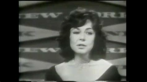 mike nichols and elaine may youtube quot total mediocrity award quot mike nichols and elaine may at