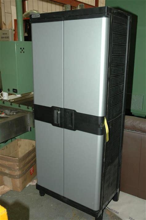 stanley  door garage tool cabinet