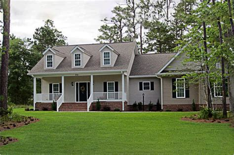 country home plan  bedrms  baths  sq ft
