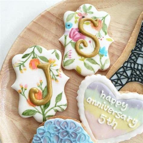 images  monogram cakes cupcakes  cookies