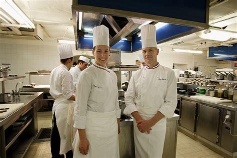 meilleur ouvrier de cuisine comment andr 233 e est devenue 1 232 re mof cuisine hr infos