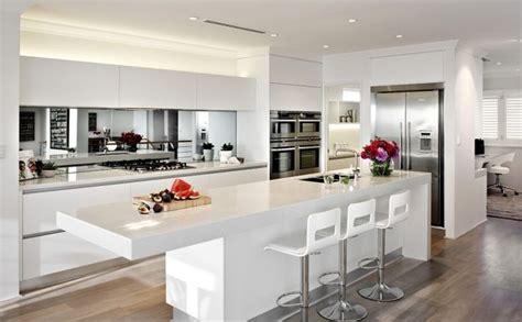 kitchen backsplashes pictures mirrored backsplash modern kitchen 2272