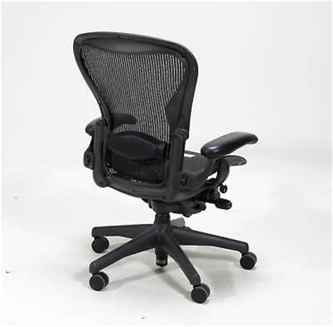 herman miller loaded size b aeron chair w headrest