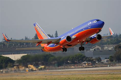 Southwest Airline filea boeing   southwest airlines takeoff  san 1280 x 853 · jpeg