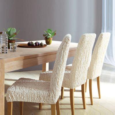 housse de chaise papier plaids et housses à la rescousse pour décorer