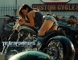 Susan Tattoo: megan fox transformers motorbike