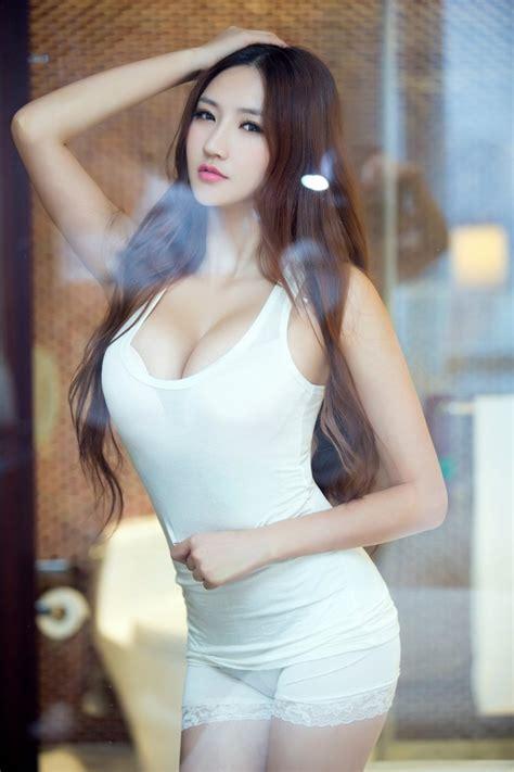 중국 레이싱모델 란제리 화보 Model 왕밍밍 王明明