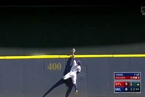 Keon Broxton Robbed The Cardinals Of A Home Run With This