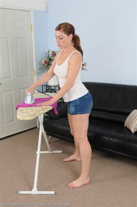 Insane Wife Sovereign Skye Does Some Ironing And Shows The