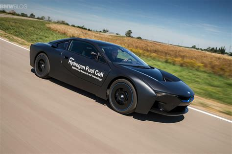 Bmw Hydrogen Fuel Cell by See The Bmw I8 Hydrogen Fuel Cell In