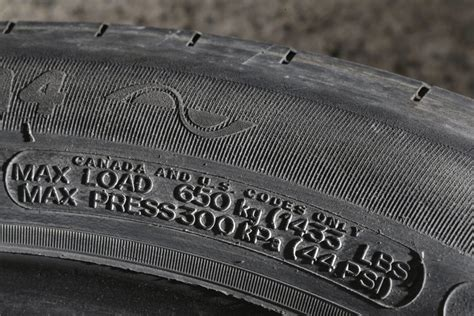 What Is The Proper Tire Pressure For A Boat Trailer by What S The Proper Tire Pressure For Your Car The