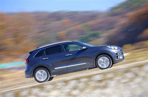 kia  niro kwh  review autocar