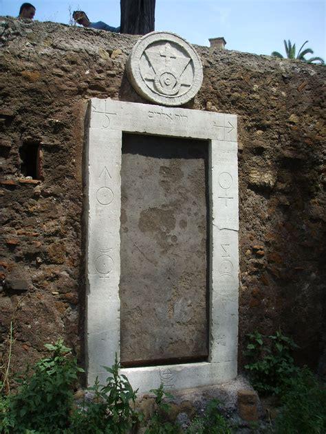 La Porta Magica Di Roma by Guardiano Della Soglia