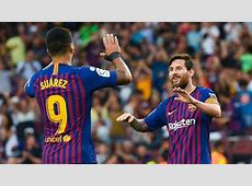 Lionel Messi gives penalty attempt to Luis Suarez