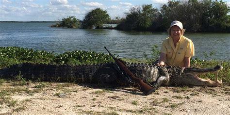 hunting equipment alligator gator supplies processing game