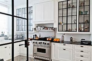 Ideas and expert tips on glass kitchen cabinet doors for Kitchen cabinet doors with glass