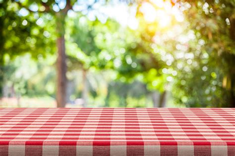 backgrounds red  white checkered tablecloth  green