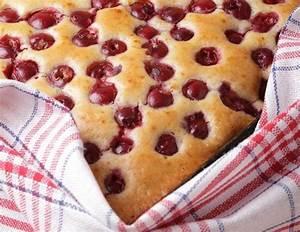 Käse Kirsch Kuchen Blech : blechkuchen mit kirschen rezept ~ Lizthompson.info Haus und Dekorationen